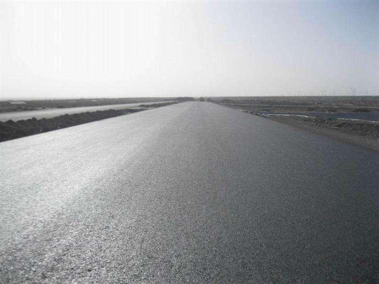 极高温气候路基、路面工程关键施工技术